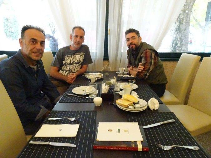 Μιχαηλίδης (καθηγητής ΑΠΘ), Κουκκουλάς, Σολούπ, στο ξενοδοχείο